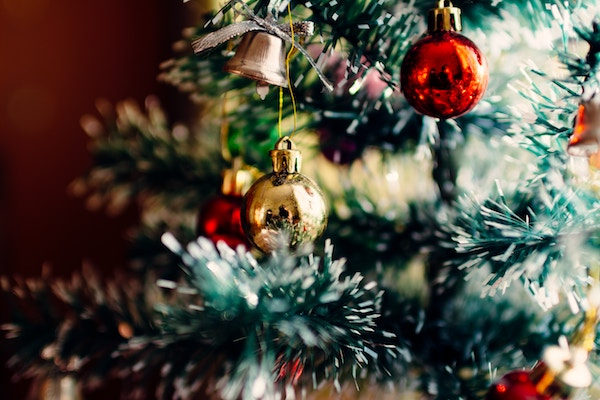 Home for the holidays? 3 tips for Buying or Selling at Christmas